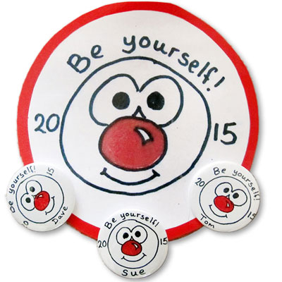 2015 comic relief badge